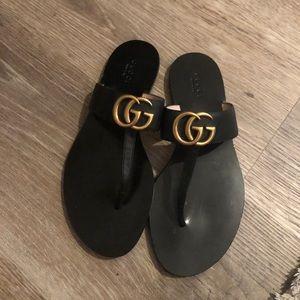 Never worn Gucci sandals